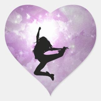 Alcance para las estrellas pegatina en forma de corazón