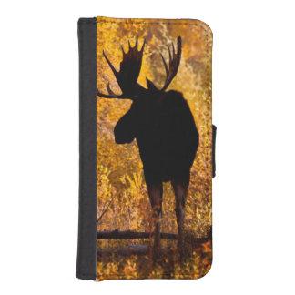 Alces (Alces) del Alces Bull en los sauces de oro Billetera Para iPhone 5