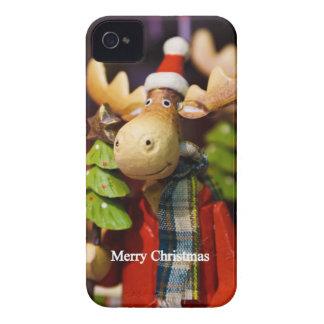 Alces de Papá Noel de las Felices Navidad Case-Mate iPhone 4 Carcasas