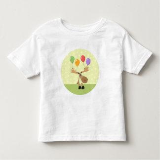 Alces lindos del dibujo animado con los baloons tee shirt