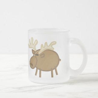 Alces/reno divertidos en blanco taza cristal mate