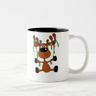 Alces torcidos del navidad taza de café