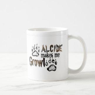 Alcide hace que gruñe taza clásica