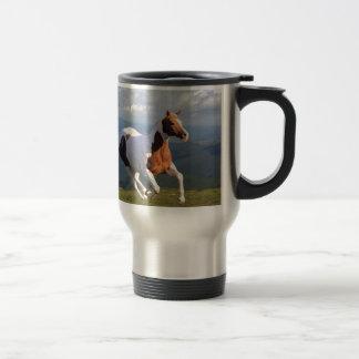 Alcohol del caballo salvaje taza de viaje