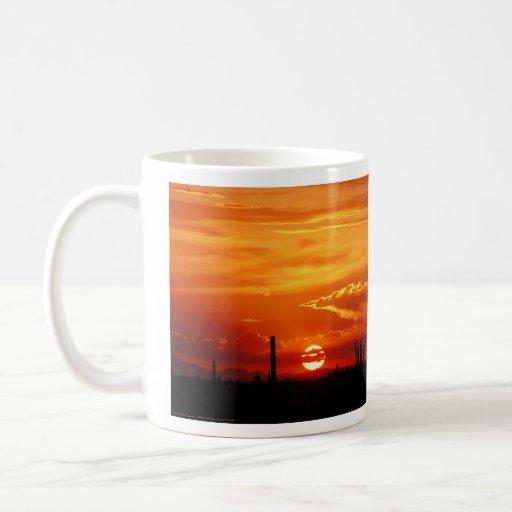 Alcohol del cuervo taza de café