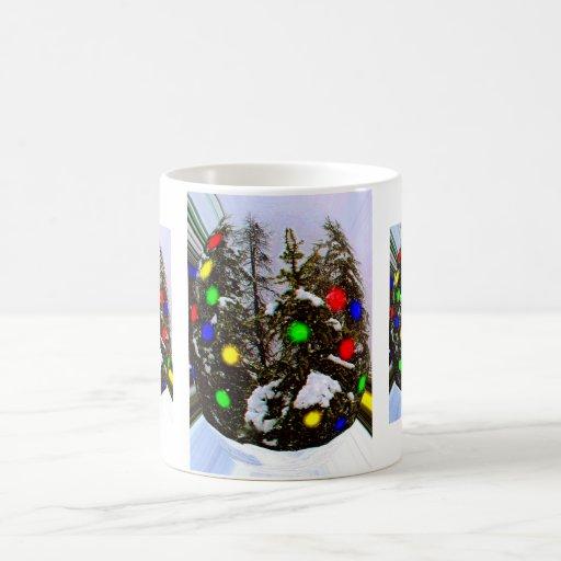 Alcohol del navidad capturado taza clásica