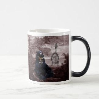 Alcohol del oso negro taza mágica
