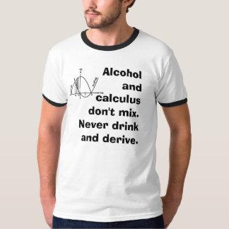 Alcohol y cálculo remera
