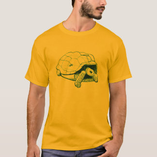aldabra tortoise with gecko T-Shirt