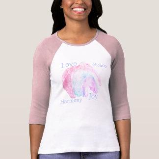 alegría de la armonía de la paz del amor camiseta