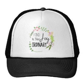 Alegría en el ordinario - guirnalda floral del hal gorras
