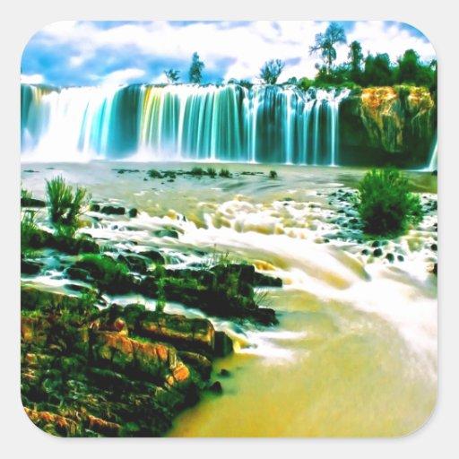 alegría y movimiento de la paz de la cascada calcomanía cuadradase
