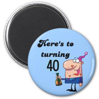 Alegrías a 40 camisetas y regalos del cumpleaños imán redondo 5 cm