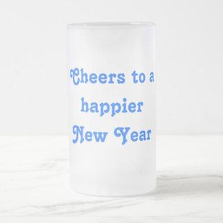 Alegrías a una taza de cerveza de la Feliz Año