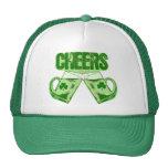 Alegrías verdes de la cerveza gorros