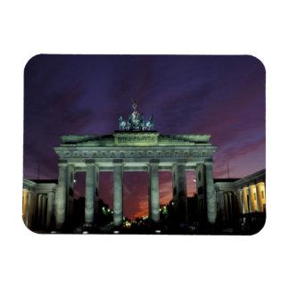 Alemania, Berlín. Puerta de Brandeburgo en la noch Imán Flexible
