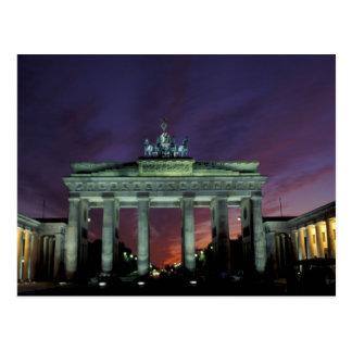 Alemania, Berlín. Puerta de Brandeburgo en la Postal
