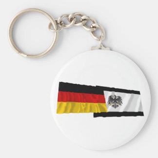 Alemania y banderas que agitan de Preussen Llavero Redondo Tipo Pin