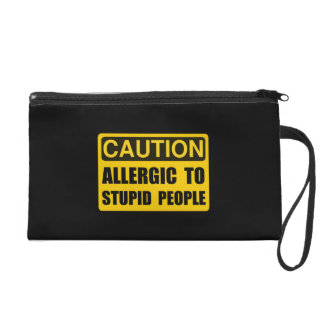 Alérgico a la gente estúpida
