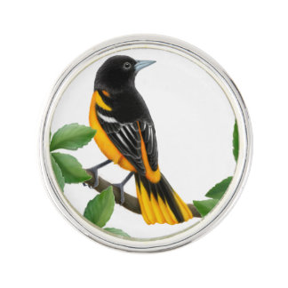 Alert Baltimore Oriole Bird Lapel Pin