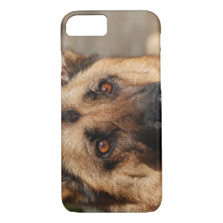 Alert German Shepherd iPhone 8/7 Case