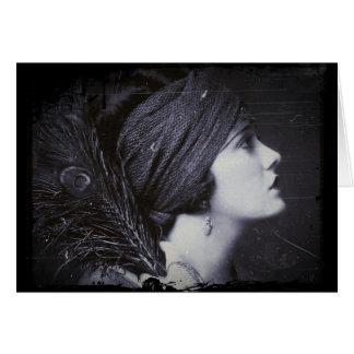 Aleta en un turbante emplumado tarjeta de felicitación