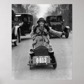 Aleta que conduce el pedal Car, 1924 Poster