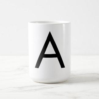 Alfabeto de la fuente de Futura Taza Básica Blanca