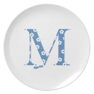 alfabeto M de la flor (azul y puntos) Platos