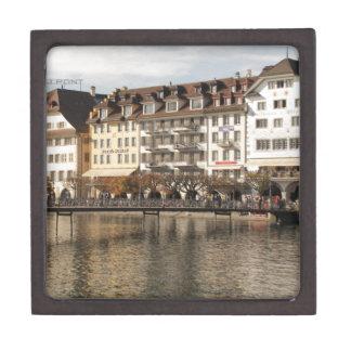 Alfalfa Suiza Caja De Recuerdo De Calidad