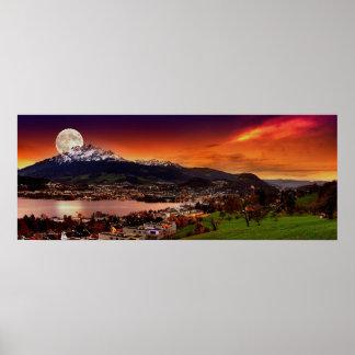 Alfalfa Suiza y la luna sobre el soporte Pilatus Posters