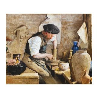 Alfarero Herman Kähler en su taller de L.A. Ring Lona Envuelta Para Galerías