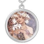 Alfons Mucha: Flor Pendiente Personalizado