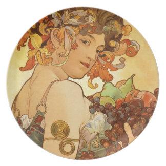 Alfons Mucha: Fruta Platos