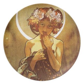 Alfons Mucha: Luna Melamine Plate