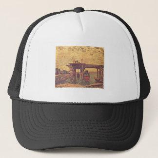 Alfred Sisley - Brücke im Bau 1885 Oil on Canvas Trucker Hat