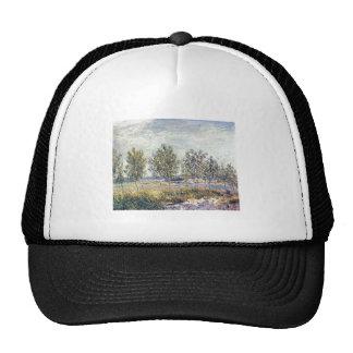 Alfred Sisley - Wiese in By 1880 Oil on Canvas Trucker Hat
