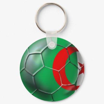 اتحداك تجيب الصورة *لعبة * Algeria_flag_algerian_soccer_ball_gifts_keychain-p146228369740474551qjfk_400