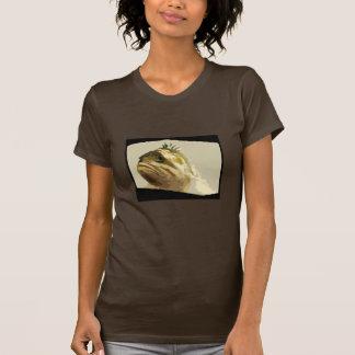 Algo el encenderse a pescado camiseta
