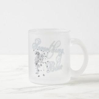 Algo hada azul de la mariposa - original taza de cristal