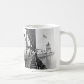 Algoma Pierhead Lighthouse Classic White Coffee Mug