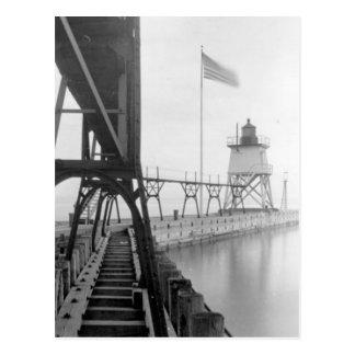 Algoma Pierhead Lighthouse Postcard