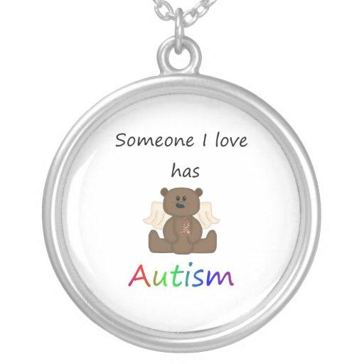 Alguien amor de I tiene autismo (el oso del Colgante Redondo