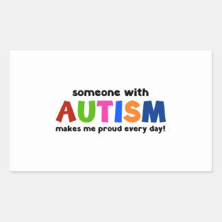 Alguien con autismo hace me orgulloso cada día pegatina rectangular