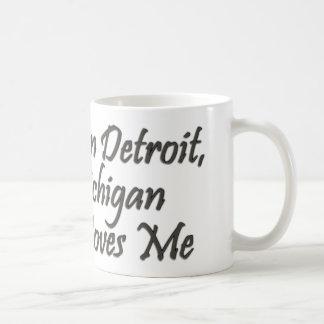 Alguien en Detroit me ama Taza De Café