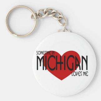 Alguien en Michigan me ama Llavero Redondo Tipo Pin
