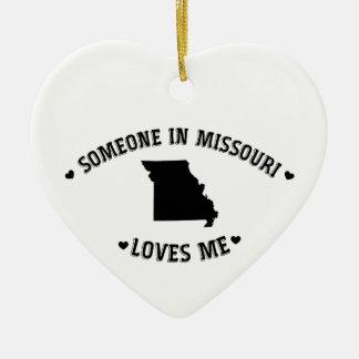 Alguien en Missouri me ama Ornamento De Navidad
