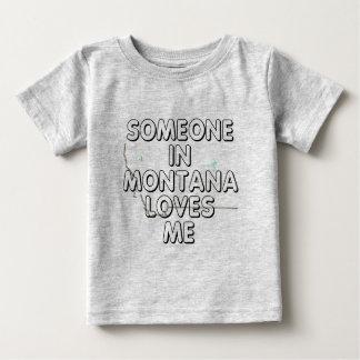 Alguien en Montana me ama Playeras