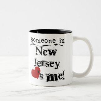 Alguien en New Jersey me ama Tazas