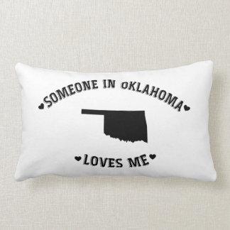 Alguien en Oklahoma me ama Cojín
